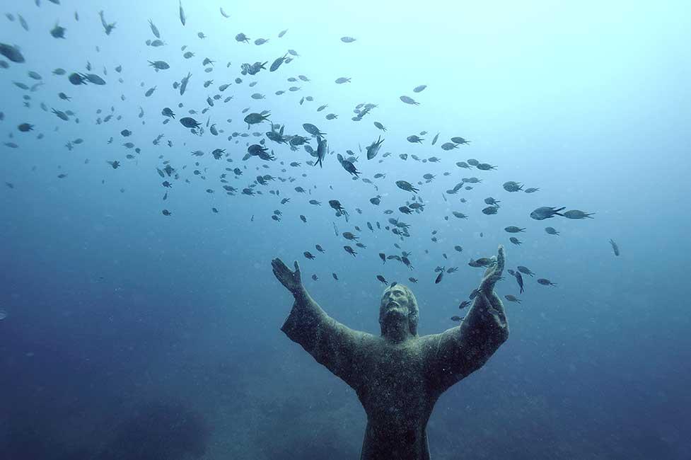 Meraviglie del Mare – Il Cristo degli abissi